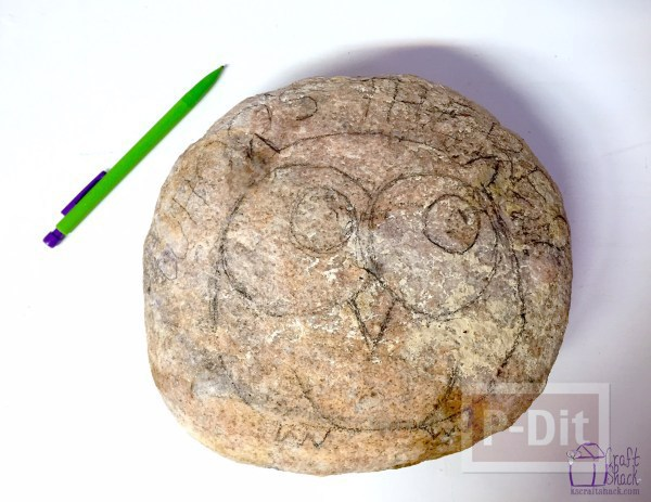 รูป 6 ก้อนหินสีสวย ระบายลายสัตว์ น่ารักๆ