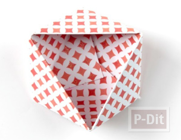 รูป 3 พับกระดาษ ทำเป็นกล่องใส่ของ กระจุกกระจิก