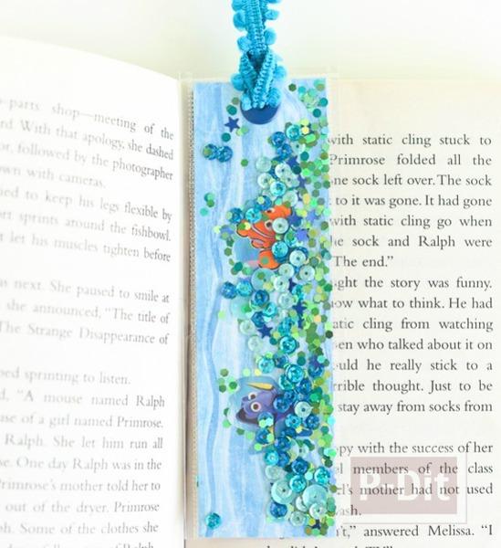 รูป 2 ที่คั่นหนังสือ ลายตัวการ์ตูนนีโมและดอรี่ จากเรื่อง Finding Dory