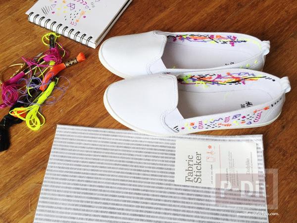 รูป 5 ตกแต่งรองเท้าผ้าสีขาว ปักลายสวย
