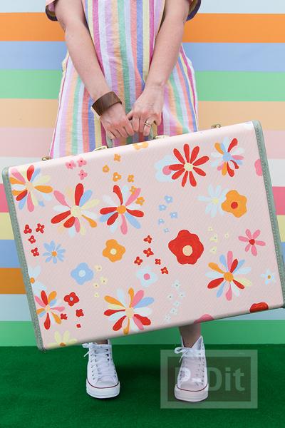 รูป 4 กระเป๋าเดินทางใบเก่า ทาสีใหม่ สดใส น่าใช้
