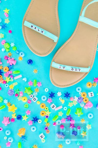 รูป 4 รองเท้าส้นสูง ตกแต่งประดับลายน่ารักๆ หลายแบบ
