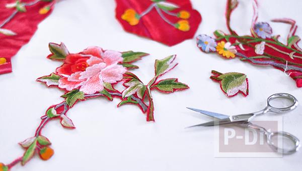 รูป 3 กางเกงยีนส์ ปักลายดอกไม้ จากเสื้อเก่าๆ