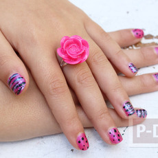แหวนดอกกุหลาบ ทำจากดอกไม้พลาสติก