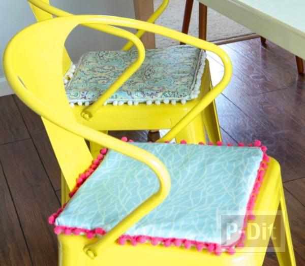เบาะรองเก้าอี้ ทำจากฟองน้ำ หุ้มผ้า ลายสวย