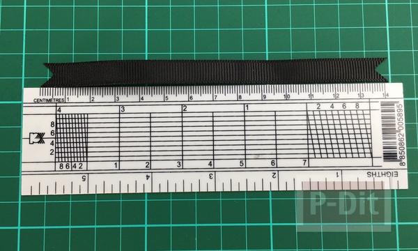 รูป 4 วิธีทำโบว์สีดำ ที่แขนเสื้อ แบบง่ายๆ