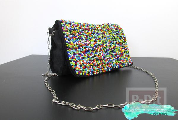 กระเป๋าถือ ตกแต่งประดับเม็ดพลาสติก หลากสี