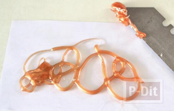 รูป 4 สอนทำแหวนจากกาวร้อน ประดับเม็ดคริสตัล