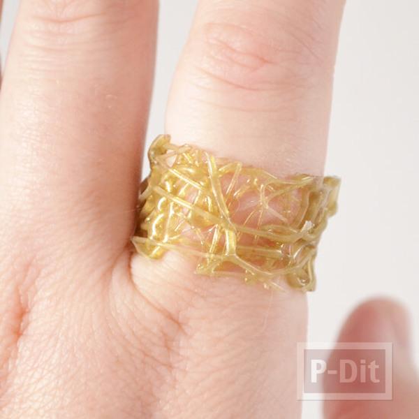รูป 7 สอนทำแหวนจากกาวร้อน ประดับเม็ดคริสตัล