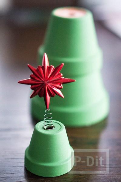รูป 6 ต้นคริสต์มาส ทำจากกระถางต้นไม้ สวยๆ