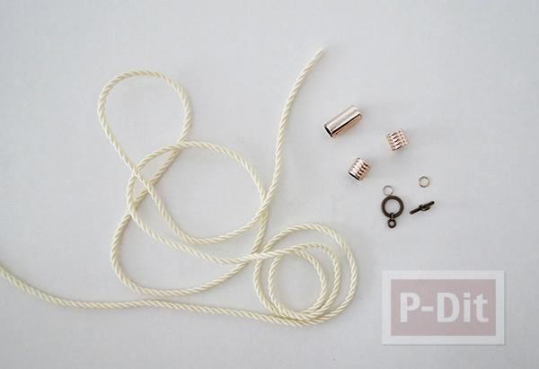 รูป 4 สร้อยข้อมือ ต่างหู ทำจากเชือก ประดับเม็ดบีท(beads)