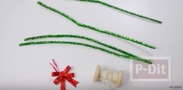 รูป 2 มิกกี้เมาส์ ทำจากลวดกำมะหยี่ ประดับต้นคริสต์มาส