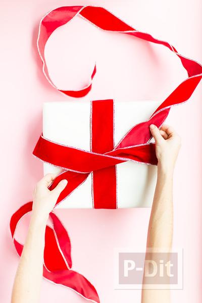 รูป 7 ไอเดียผูกโบว์ห่อกล่องของขวัญ เทศกาลปีใหม่ คริสต์มาส