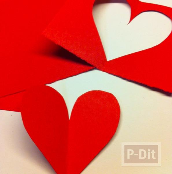 รูป 2 ดอกไม้ ทำจากกระดาษรูปหัวใจ เกสรช็อคโกแลต