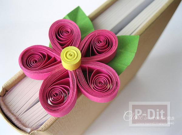 รูป 2 ที่คั่นหนังสือ ลายดอกไม้กระดาษ ม้วนเป็นกลีบสีสด
