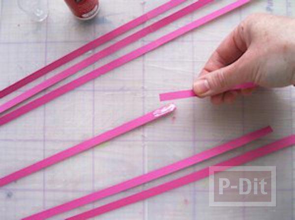 รูป 6 ที่คั่นหนังสือ ลายดอกไม้กระดาษ ม้วนเป็นกลีบสีสด