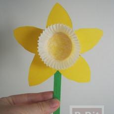 ดอกไม้กระดาษ สีเหลืองสดใส เกสรถ้วยคัพเค้ก