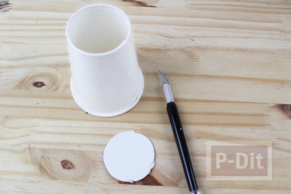 รูป 3 ไอเดียตกแต่งแก้วกระดาษ แจกขนมวันฮาโลวีน