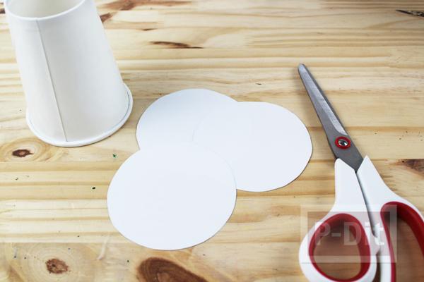 รูป 5 ไอเดียตกแต่งแก้วกระดาษ แจกขนมวันฮาโลวีน