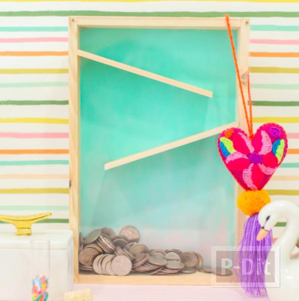 รูป 7 กระปุกออมสิน ทำจากกล่องไม้ กระจกใส