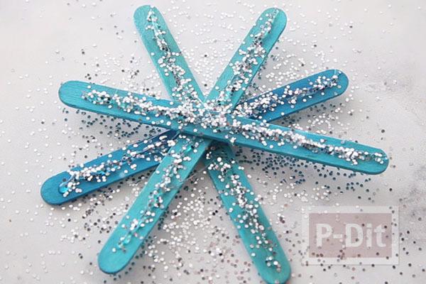 รูป 4 สอนทำ Snowflake จากไม้ไอติม ประดับต้นคริสต์มาส