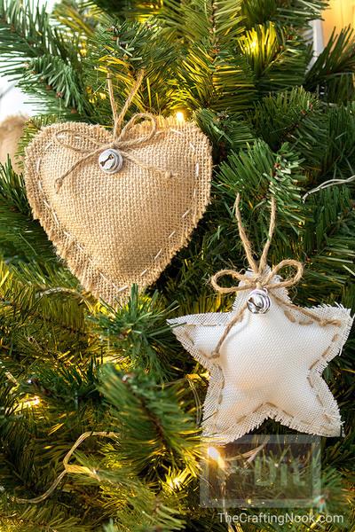 รูป 2 สอนทำของประดับต้นคริสต์มาส หัวใจกับดาว