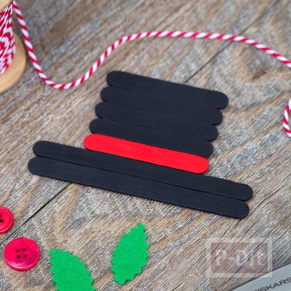รูป 5 ไอเดียทำหมวกคริสต์มาสประดับ จากไม้ไอติม