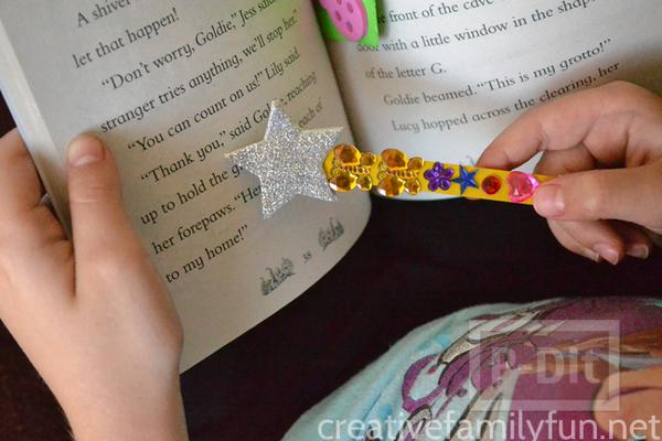 ทำที่คั่นหนังสือ จากไม้ไอติม ประดับดาว