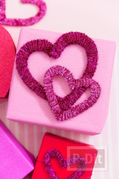 โบว์ประดับกล่องของขวัญ รูปหัวใจ ประดับพู่