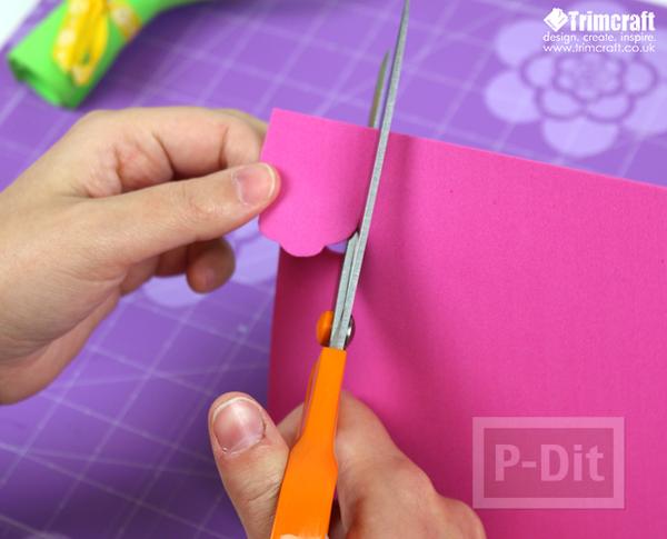 รูป 5 ดอกไม้ประดับ ทำจากแผ่นพลาสติก