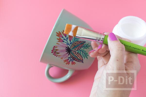 รูป 6 แก้วกาแฟ ตกแต่งลายสวยๆ จากกระดาษลอกลาย