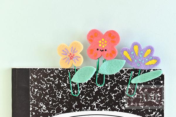 คลิปหนีบกระดาษ ลายดอกไม้ ทำจากผ้าสักกะหลาด