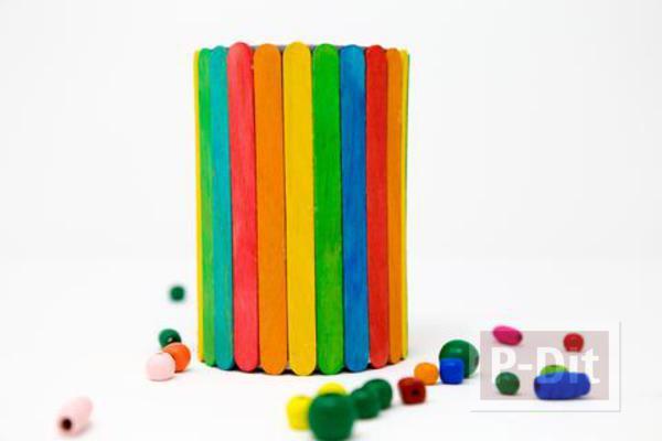 รูป 2 ตกแต่งกล่องใส่ดินสอ จากไม้ไอติมย้อมสี