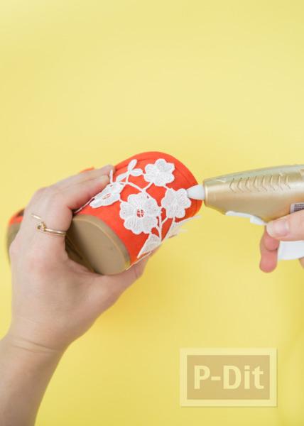 รูป 3 ตกแต่งรองเท้าส้นสูง ติดลายดอกสีขาวน่ารัก
