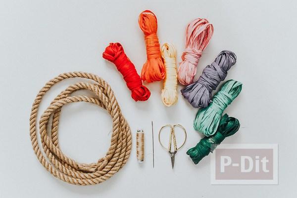รูป 2 กระเป๋าถือ ปักลายดอก จากเชือกสีสวย