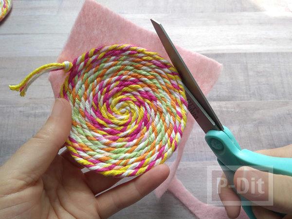 รูป 7 สอนทำที่รองแก้ว จากไหมพรมสีสด