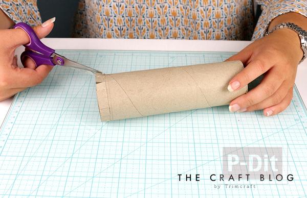 รูป 2 สอนทำที่ใส่ดินสอ จากแกนกระดาษ