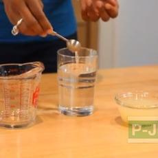 น้ำอัลคาไลน์ Alkaline ผสมจาก น้ำเปล่า กับน้ำมะนาวคั้นสด
