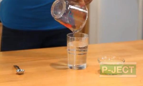 รูป 3 น้ำอัลคาไลน์ Alkaline ผสมจาก น้ำเปล่า กับน้ำมะนาวคั้นสด