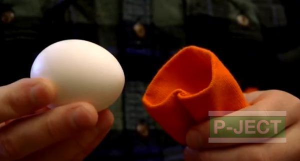 รูป 4 วิธีทำให้ไข่ขาวและไข่แดงผสมกัน ก่อนต้มสุก