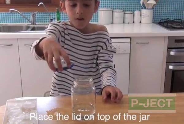 รูป 6 สอนทำควันในขวดแก้ว