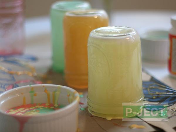 รูป 3 ย้อมสีขวดแก้ว จากสีน้ำ