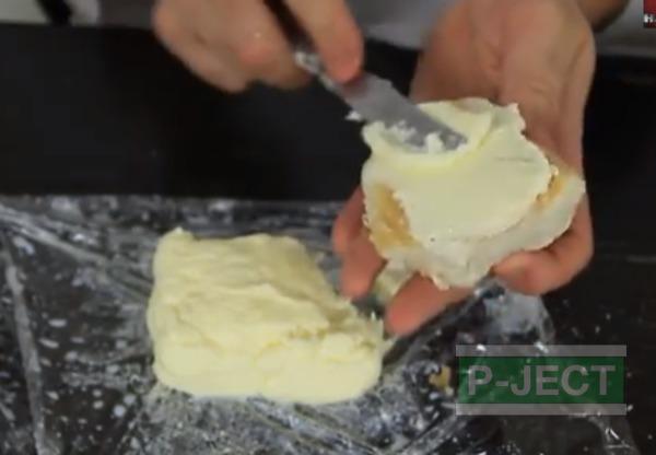 รูป 1 ทำเนย จากวิปปิ้งครีม (Heavy Whipping Cream)