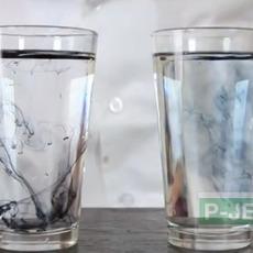 สังเกตการเคลื่อนที่ของสี ในน้ำธรรมดา และน้ำร้อน