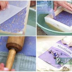 ทำกระดาษสา จากเศษกระดาษและดอกไม้แห้ง
