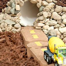 สร้างทางลอดใต้ดิน ให้รถของเล่น