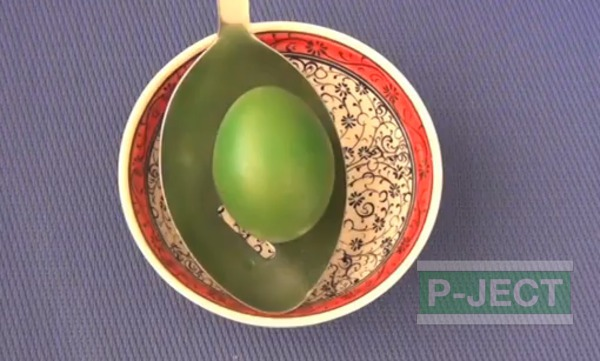 รูป 1 วิธีเปลี่ยนสีเปลือกไข่ จากการต้ม