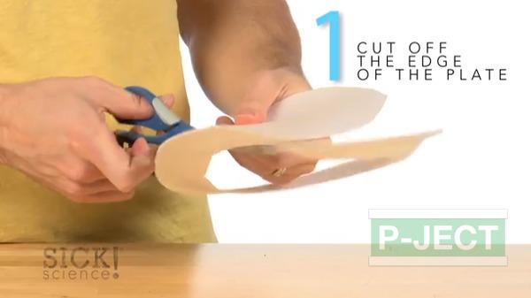 รูป 4 สอนทำของเล่นสนุกๆ วงล้อ หลากสี
