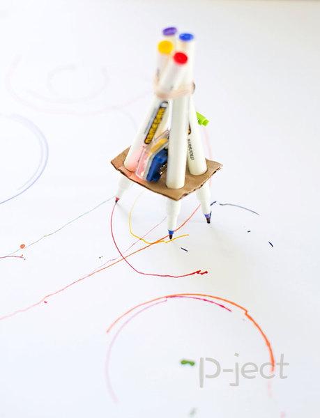 รูป 4 หุ่นยนต์วาดรูป ใส่มอเตอร์เล็กๆ ทำเองแบบง่ายๆ