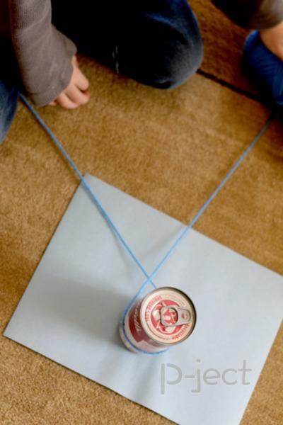 รูป 7 เชื่อมสีกระดาษ กับไหมพรมเส้นยาว